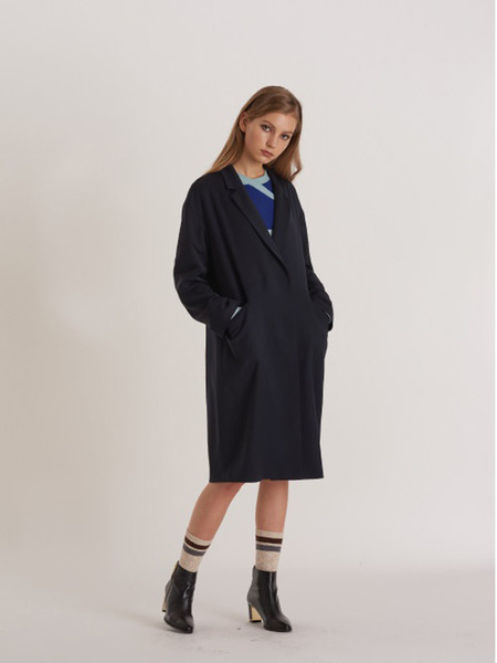 FREAKS Minimal Loose Fit Wool Coat-Dress With Puppy Embro - Black
