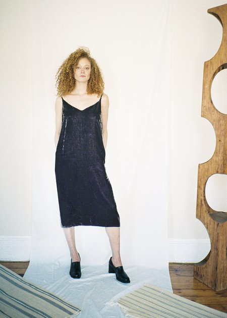 COLORANT VELVET SLIP DRESS - TARO