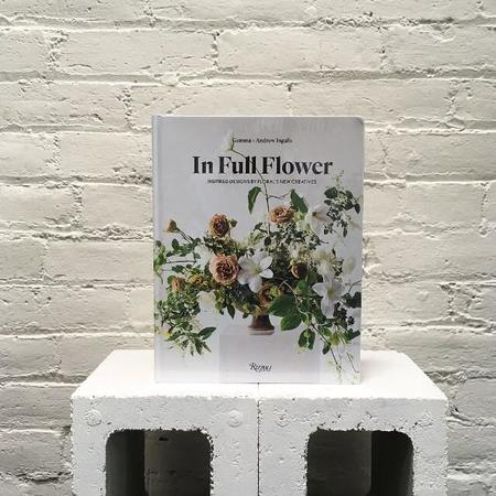 Rizzoli In Full Flower Book
