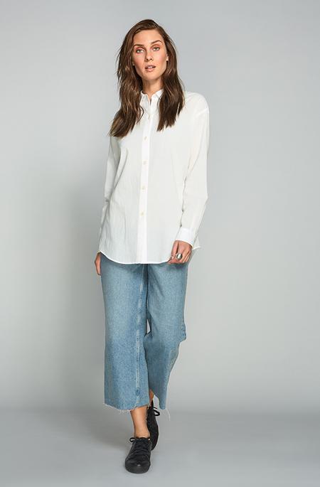Obakki Isa Shirt-White