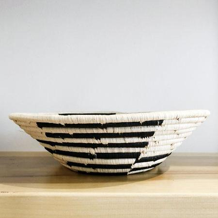 Valiente Goods Geo Large Raffia Bowl - Black