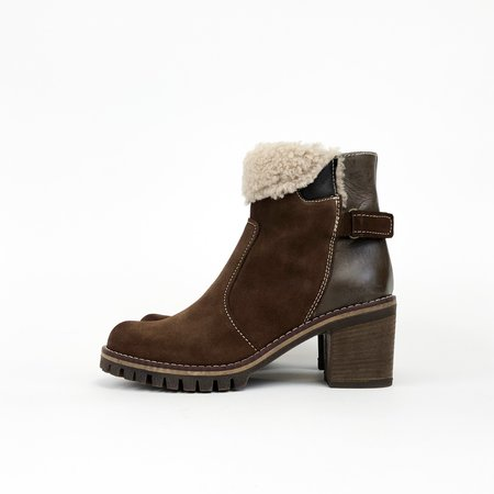 Manas Fold Over Snow Boot - Brown