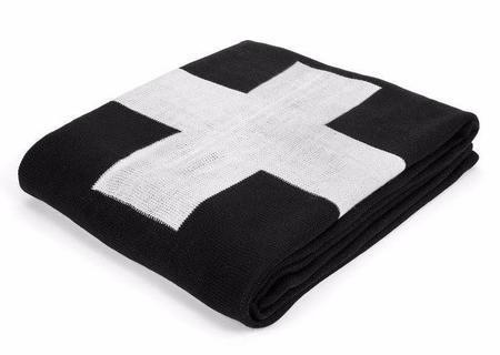 Modern Burlap Single Cross Reversible Blanket