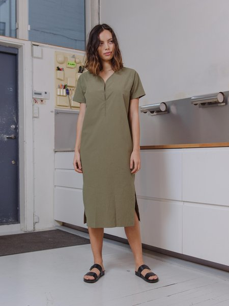 Priory Shop Light Poplin Key Dress - Green