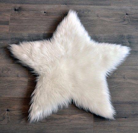 KIDS KROMA Faux Sheepskin Star Rug - WHITE