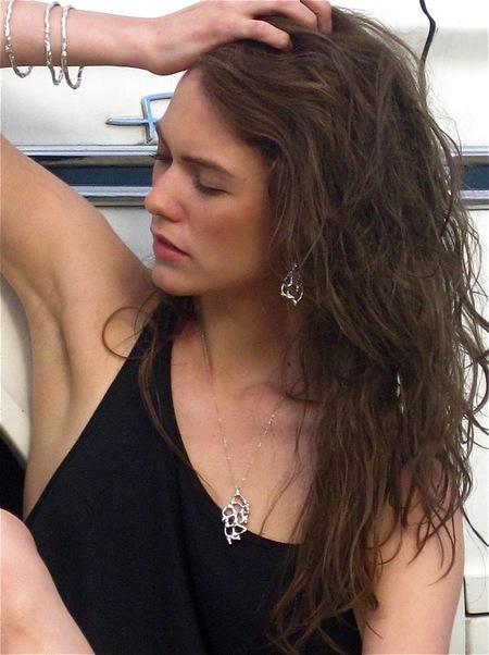Nettie Kent Jewelry Wave Bangles