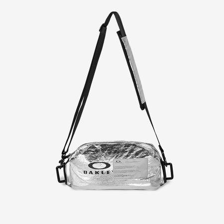 SAMUEL ROSS X OAKLEY The Utility Bag - Silver