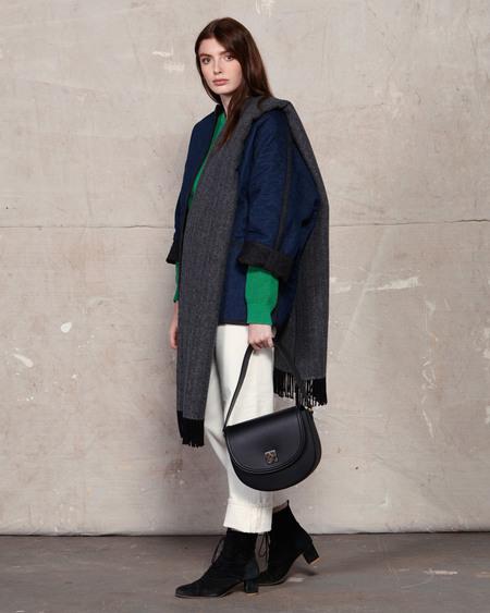 The Stowe Madelyn Veg Tanned Handbag - Black
