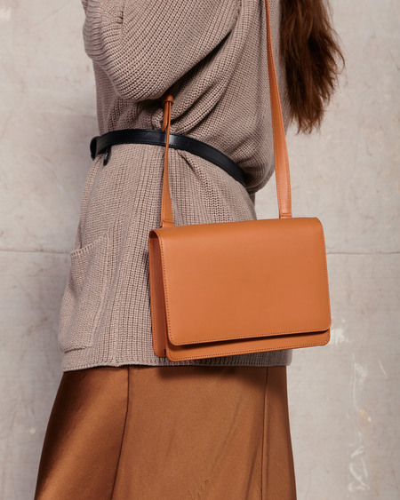 The Stowe Evelyn Veg Tanned Shoulder Bag -  Tan
