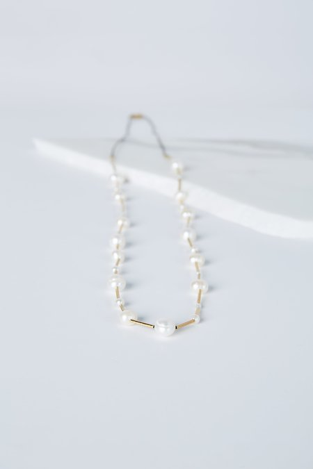 5 Octobre Lupin Pearl Necklace - Freshwater Pearl
