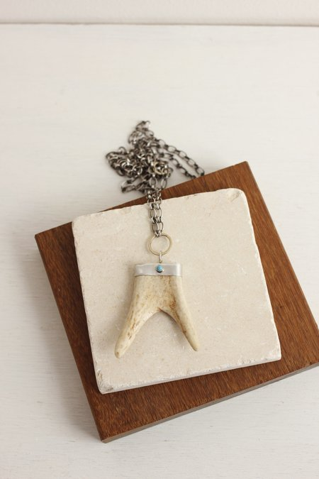 CLP Double Tip Antler Necklace On Silver Chain