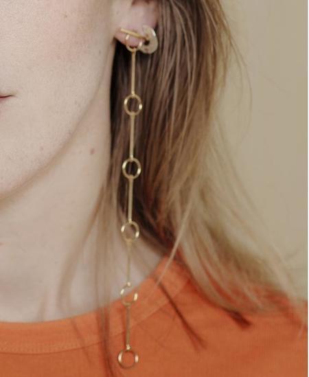 Par Ici by Alynne Lavigne Detachable T Earrings