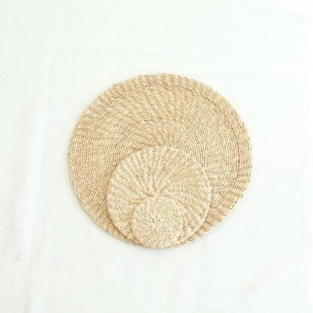 INNÉ Studios Abaca Round Placemat (Set of 4) - Natural
