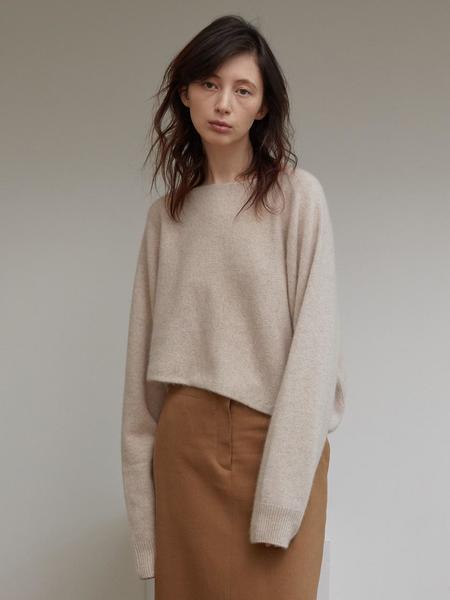H8 Forte Raccoon Knit Sweater - Oatmeal