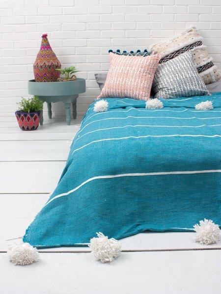 Bohemia Design Tassel Stripe Pom Pom Blanket