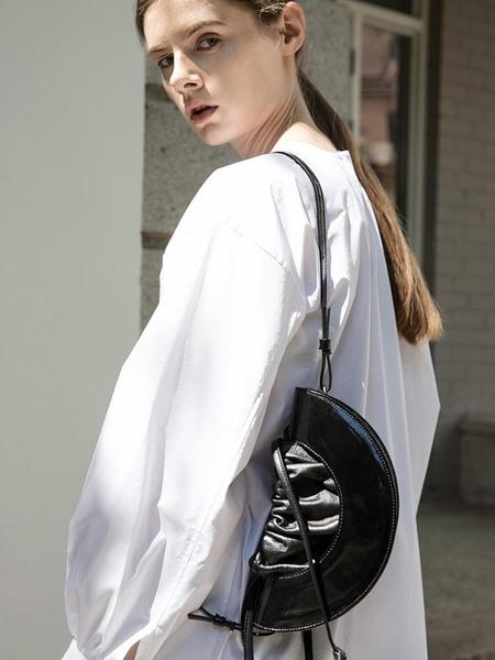 HYETHE Half Moon Drawstring Bag - Black