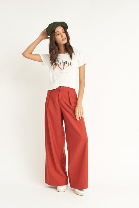 WYLDE Maud Flared Pants - Red