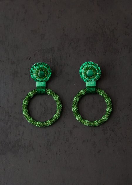 Robin Mollicone Small Beaded Hoop Earring - Malachite