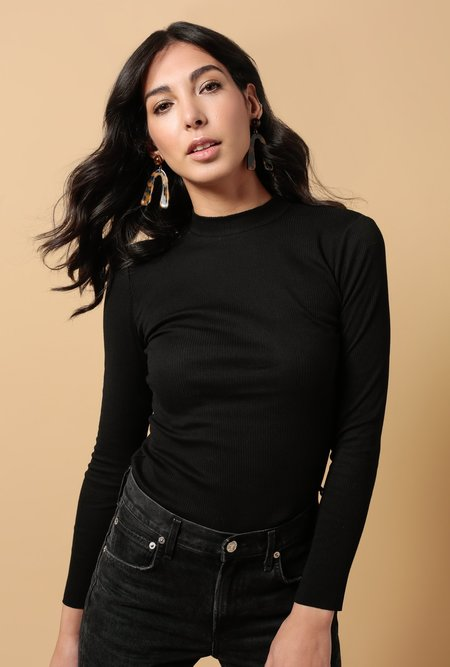 Hemsmith Mock Neck LS Top - Black
