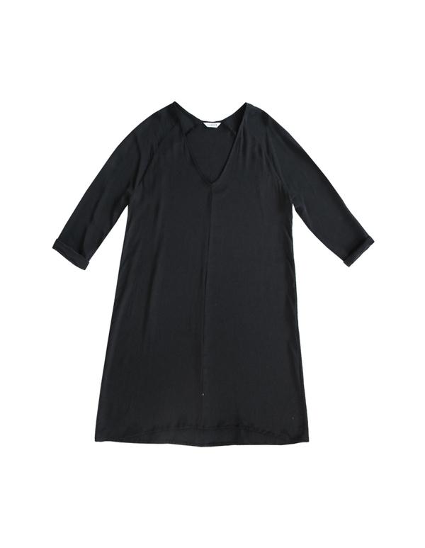 ALI GOLDEN RAGLAN DRESS - BLACK