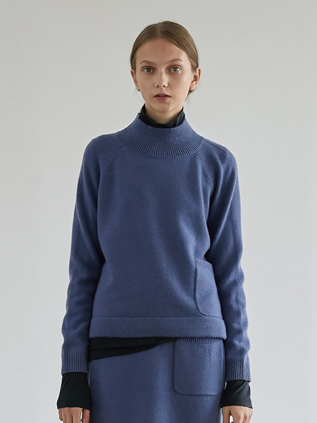 GRE1SCALE Pure Cashmere Raglan Sweater - Blue