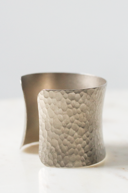 AV Max Concave Hammered Cuff - Silver