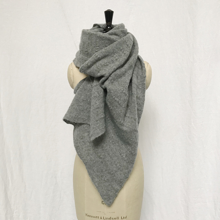 Ros Duke Pure Cashmere Slub scarf