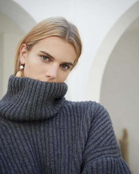 Nanushka Raw Chunky Turtleneck Sweater - Charcoal