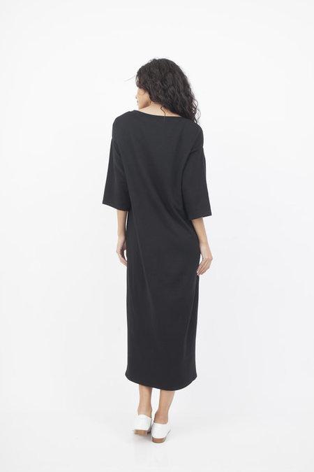 Corinne Collection V-neck Midi Dress - black