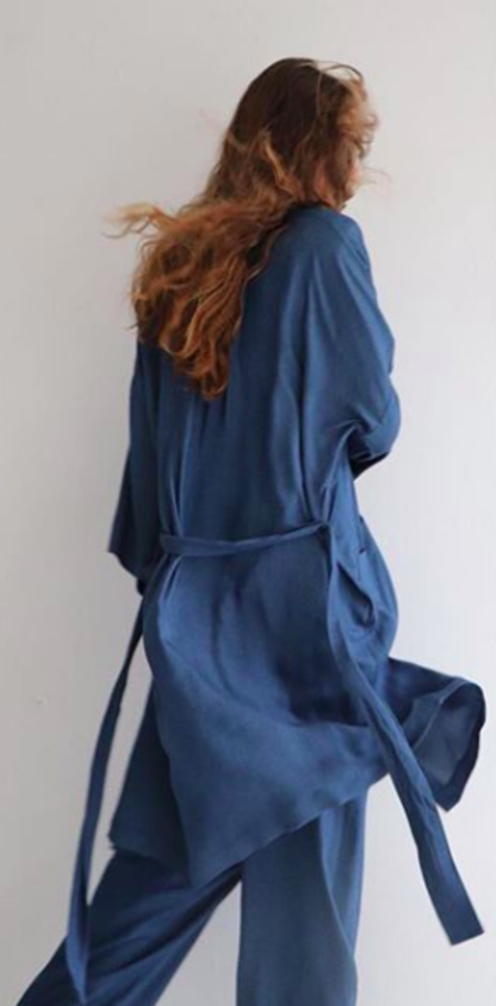 SOFT FOCUS Robe