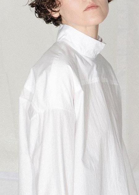 Nomia Oversize Mockneck Shirt - White