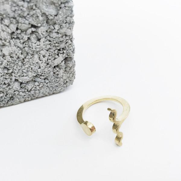 Twenty Two Hours Dot + Wave Ring - Brass