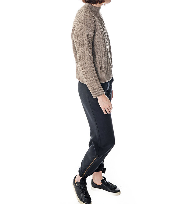 FRAME Denim Le Cable Sweater in Millet