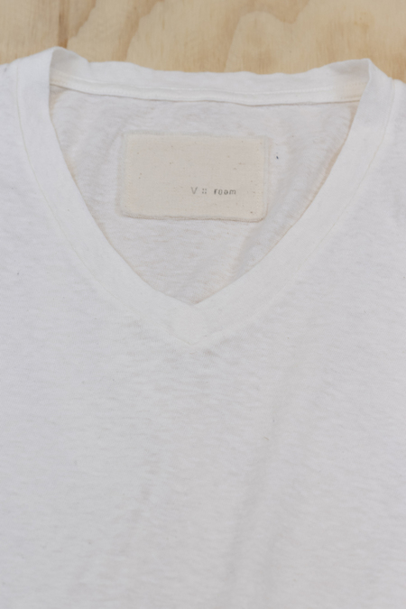 V :: ROOM Cashmere Jersey Short Sleeve V Neck - White