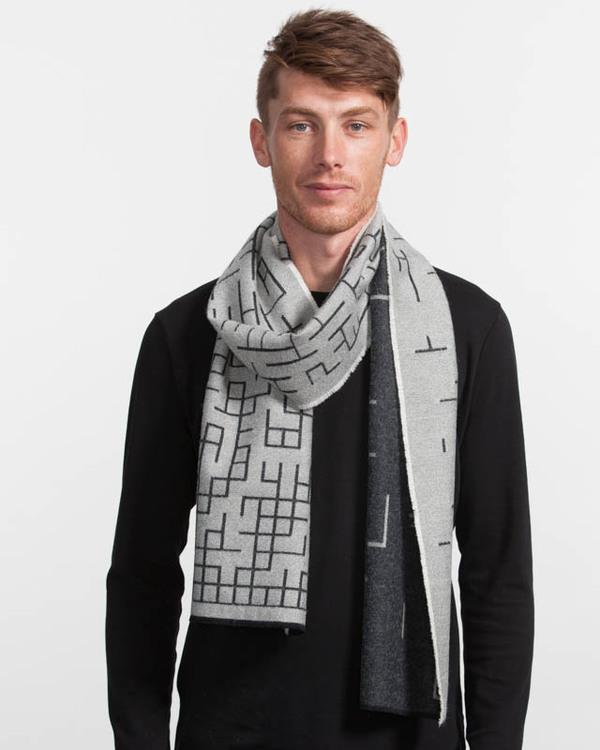 String Theory Off grid scarf