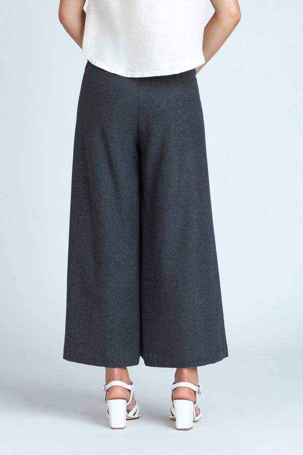 Kaarem Charcoal Cropped Pant