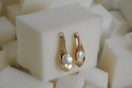 Paige Cheyne Dew Drop No. 2 Earrings - Bronze/Pearl