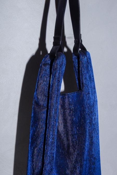 XENAB LONE LAMÉ XL CARRIER BAG - BLUE