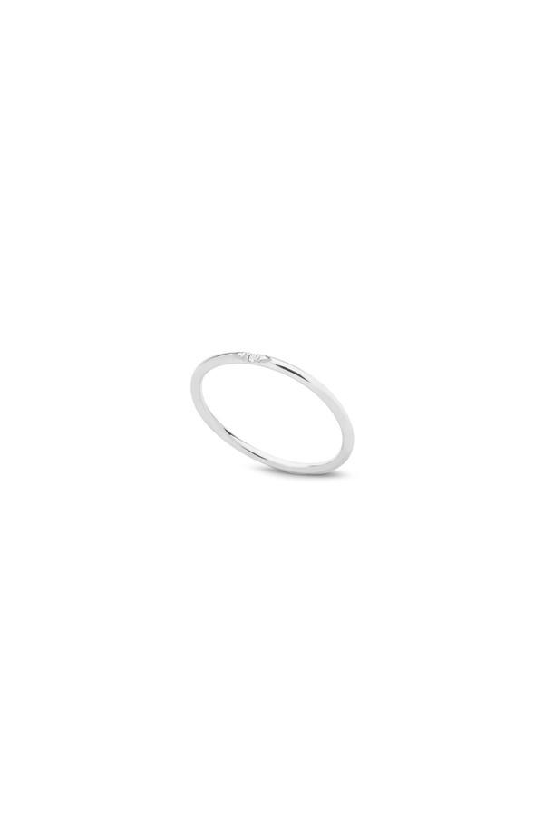 Kara Yoo Single Stone Petite Ring 14KWG