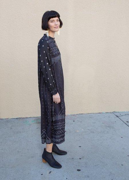 Injiri Embroidered Silk Dress - Black