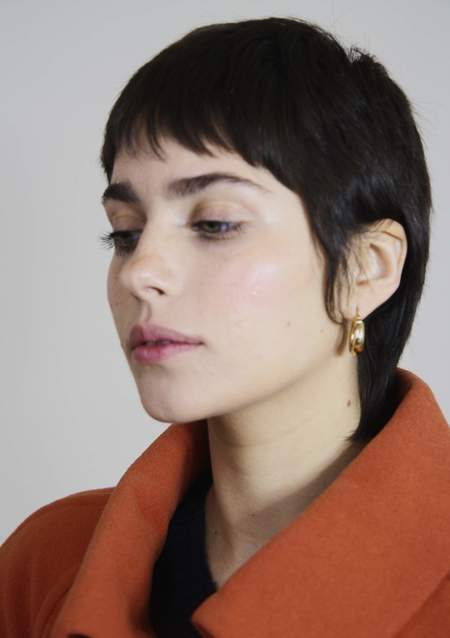 Bird on A WIRE Ninon Chunky Hoops - Gold