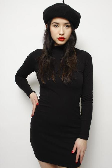 Hot & Delicous EMBRASSE-MOI MINI MOCK NECK DRESS - Black