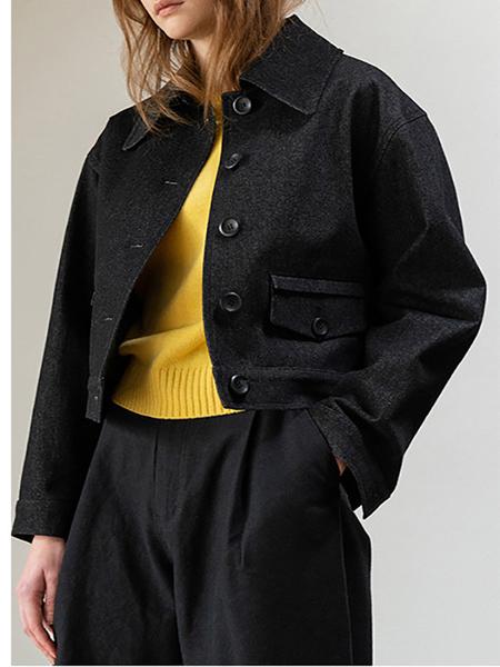 LE Button Short Jacket - Black