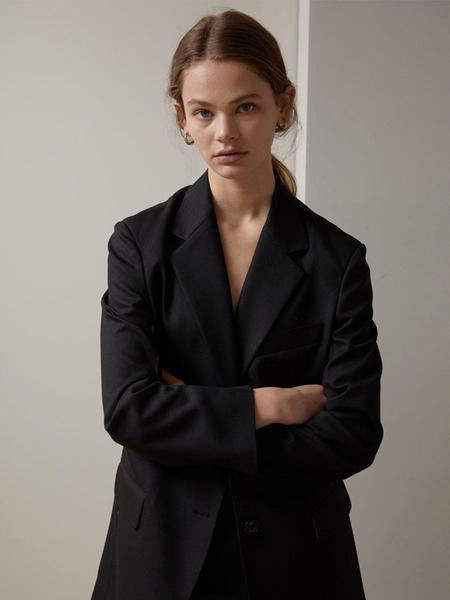H8 Plat Jacket - Black