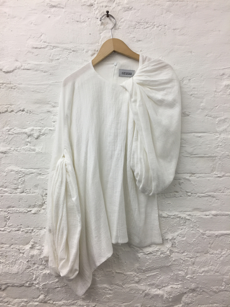 A Détacher Taro Top in White