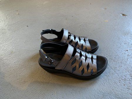 Bussola Wedge Sandal - Pewter