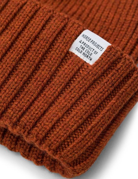 f8ab786bc17 Norse Projects Chunky Rib Beanie Hat - Oxide Orange ...