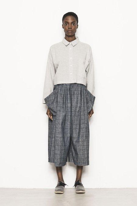 Study NY Cropped Open Back Shirt - Light Gray