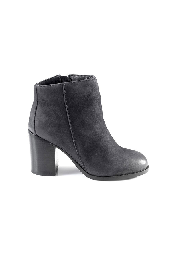 Artemisia Phoebe Navy Suede Ankle Boots