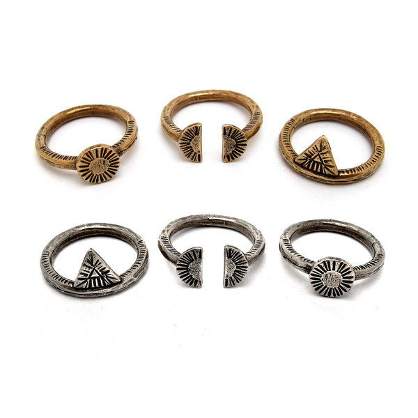 Laurel Hill Arc Relic Ring